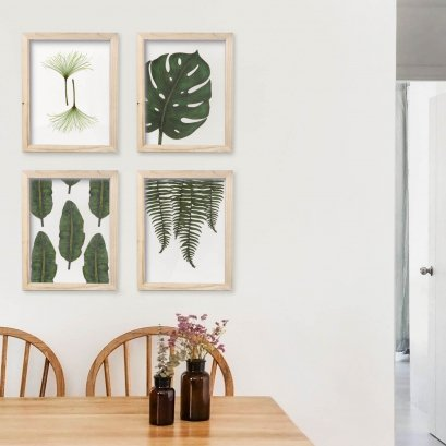 Natural Colour Wooden Frame with Photos - Original Leaves