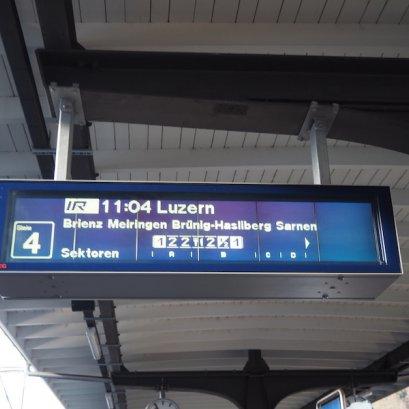 วิธีอ่านป้ายรถไฟ ในสวิตเซอร์แลนด์