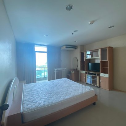 Lumpini Park View / 1 BEDROOM / 60 SQM.