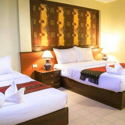 True Sea View Beachfront Hotel, Jomtien Beach//โรงแรมทรู  ซีวิว ติดทะเลหาดจอมเทียน
