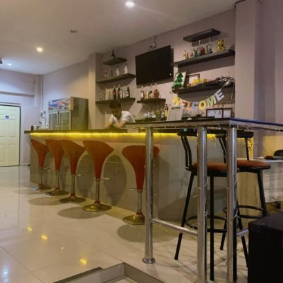 Liquidate and rent hotel resort 7 bedrooms in Soi Pattaya Land.