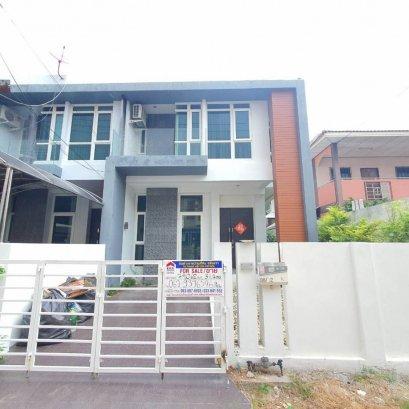 #79062联排别墅出售,2层,2间卧室,3间浴室,Khao Talo,芭堤雅,春武里
