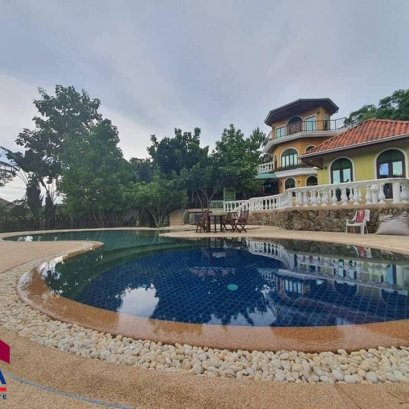 Luxury house for sale, pool villa, Private Luxury house ...