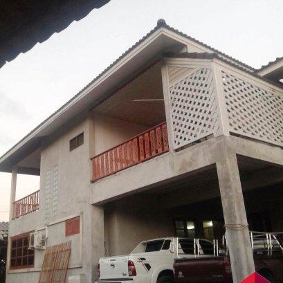 出售两层楼的房子#领域坐标靠近示范学校,那里有3间卧室,2间浴室,1个商店