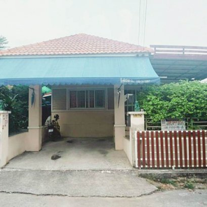 Urgent sale Suk Buri Village (Bo Win) 2 bedrooms, 1 bathroom, area 50 square wah, 63 square meters.