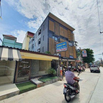 待售公寓,位于芭堤雅市中心,Soi Buakhao,Covid的价格,良好的地理位置,4层,设有21间卧室,随时可以开展业务。