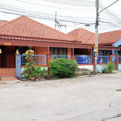 House for sale in Chao Phaya 2, Nong Kham Subdistrict, Sriracha District, 4 bedrooms, 2 bathrooms, 53 sq m.