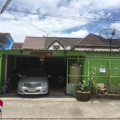 Single storey townhome for sale, good location Phanawan Nakhon Village