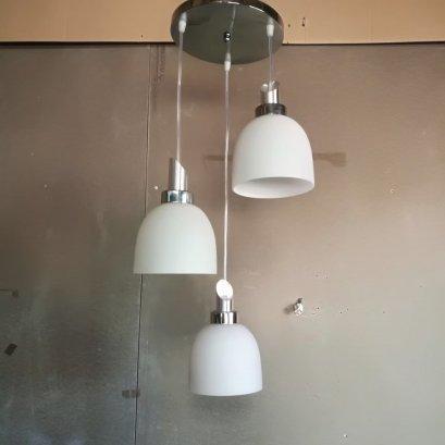 โคมไฟห้อย 102-3