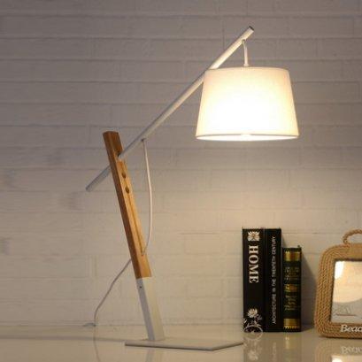 โคมไฟตั้งโต๊ะ BOW TL WH