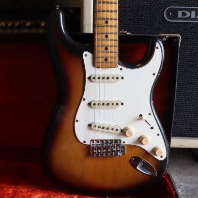 Fender Stratocaster vintage Sunburst 1974  Body Alder ( 3.4 Kg )