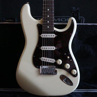 Fender American Standard White 1999 SSS (3.4kg)