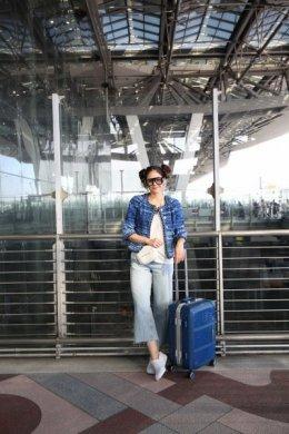 """""""ชมพู่"""" อารยา พาจระเข้ขึ้นเครื่องไปเที่ยวเซี่ยงไฮ้"""