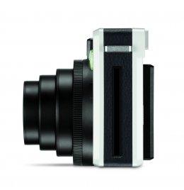 Leica SOFORT ทำให้การถ่ายภาพ จับต้องได้จริง
