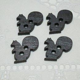 กระดุมไม้ รูปกระรอกสีดำ (4 ชิ้น/แพ็ค)