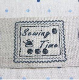 ป้ายผ้าลินินตกแต่ง Sewing Time ขนาด 4 x 6 ซม.