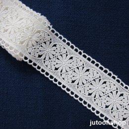 เทปผ้าลูกไม้ถัก สีขาว กว้าง 5 ซม. ยาว 90 ซม
