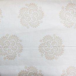 ผ้าคอตตอนญี่ปุ่น ลายใบไม้ สีน้ำตาลอ่อน ขนาด 1/4 หลา (45 * 55 ซม.)