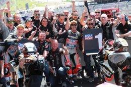 """เครื่องยนต์ไทรอัมพ์ พาทีมแข่ง """"Dynavolt Intact GP"""" คว้าชัยในการแข่ง Moto2"""
