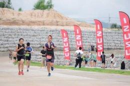 """อีซูซุร่วมยินดีกับสุดยอดคนพันธุ์แกร่งใน """"อีซูซุ โรโบแมน ไตรกีฬา 2560"""""""