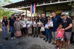 เชฟโรเลต คาราวานมอบถุงยังชีพช่วยเหลือผู้ประสบภัยน้ำท่วมภาคใต้