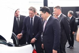 เมอร์เซเดส-เบนซ์ คาร์ ตั้งโรงงานผลิตแบตเตอรี่ในไทย มุ่งผลักดันรถยนต์ไฟฟ้า