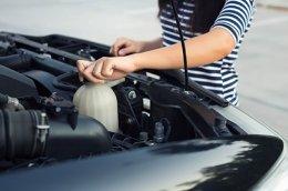 สอนสาวเช็ครถก่อนเดินทาง
