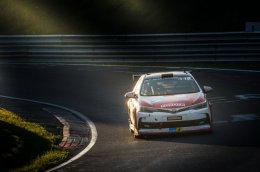 บทพิสูจน์ อัลติส กับการแข่งขัน ADAC Zurich 24h Nürburgring