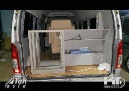 รถตู้ ดัดแปลง เป็นรถสำนักงาน รถห้องแล็ป