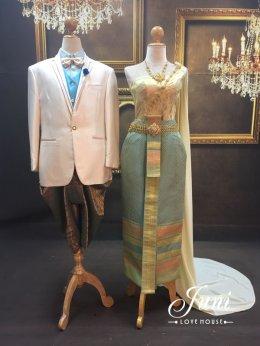 ตัวอย่างชุดไทยคู่บ่าวสาว