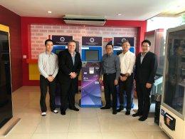 ผู้บริหารจาก บริษัท Intel Microelectronics Ltd.   จากประเทศอเมริกาและมาเลเซีย (ปีนัง) มาเยี่ยมชมกิจการของบริษัท