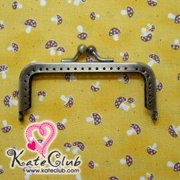 ปากกระเป๋าปิ๊กแป๊กเหล็กทรงเหลี่ยม สีทองเหลือง ขนาด 7 cm