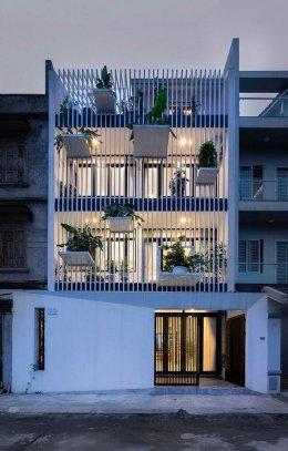 บ้านสไตล์ตึกแถว ทาวน์เฮาส์ หรืออาคารพาณิชย์ ดีไซน์สวยแปลกตาแต่มีเอกลักษณ์เฉพาะตัว