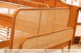 แสดงผลงานการออกแบบและพัฒนาผลิตภัณฑ์เฟอร์นิเจอร์ไม้สัก จังหวัดแพร่