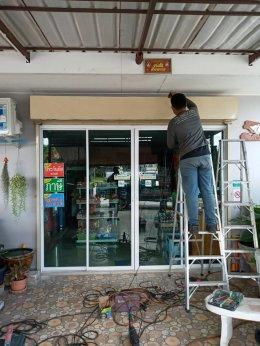 ซ่อมประตูม้วน นิคมอมตะนคร..ชลบุรี งานซ่อมเปลี่ยนชุดลูกปืนเพลาพร้อมปรับแต่งบาน