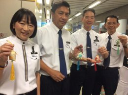 หมอจีนสัญจร MRT พหลโยธิน บริการตรวจและกิจกรรมทำถุงหอมไล่หวัด
