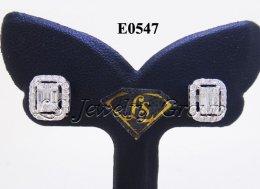 ต่างหูเพชรประกบเหลี่ยมพิเศษดูเหมือนเพชรเหลี่ยม Emerald 1.25 Ct.