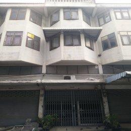 ขายด่วน อาคารพาณิชย์ 1 คูหา ถนนรังสิต-ปทุมธานีซอย 16 ใกล้สถานีรถไฟฟ้าสถานีรังสิต, ตึก 4 ชั้น พื้นที่ 20 ตรว. กว้าง 4 เมตร ลึก 20 เมตร ID - 192425