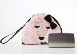 แป้ง covermark รุ่น moisture veil มือ 1   เบอร์ MN 20  พร้อมกระเป๋าหมาพุดเดิ้ล น่ารักสุดๆ