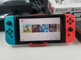 ขาย/แลก Nintendo Switch แปลง เล่นก็อปปี้ได้ สภาพสวยมาก แท้ ครบยกกล่อง เพียง 11,900 บาท