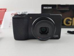 ขาย/แลก Ricoh GRii ศูนย์ไทย สภาพสวยมาก แท้ ครบยกกล่อง เพียง 15,900 บาท
