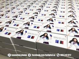 พิมพ์กล่องกระดาษ สกรีนโลโก้ลงบนฝากล่องกระดาษอาร์ตมันสีขาว ลาย Huawei Nava3 | Nava3i
