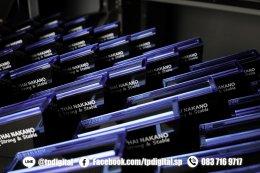พิมพ์โลโก้โล่อะคริลิคใส รับพิมพ์โลโก้ลงบนโล่อะคริลิคใส และ พิมพ์ฐานสำหรับใส่โล่อะคริลิค ทรงกด Like  ลาย THAI NAKANO Strong & Stable