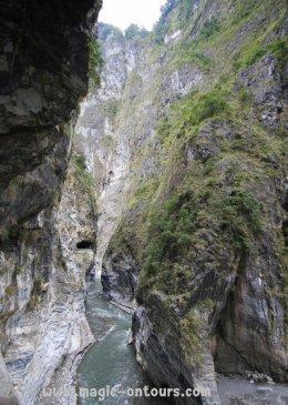 เที่ยวไต้หวันอิสระด้วยตัวเอง ไต้หวันออนทัวร์ ตอน 24 @ อุทยานแห่งชาติทาโระโกะ อลังการภูเขาหินอ่อน
