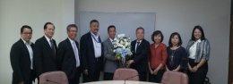 Mr. Lin Yu-Yu นายกสมาคมผู้ผลิตยางรถยนต์ไทย (TATMA) ร่วมแสดงความยินดีกับ คุณวันชัย  พนมชัย เลขาธิการ สำนักงานมาตรฐานผลิตภัณฑ์อุตสาหกรรม (สมอ.)