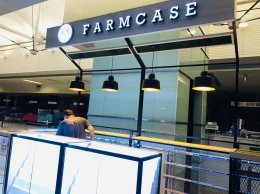 Design, manufacture and installation of stores: Farm Case Shop, Fashion Island, Bangkok.