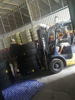 ส่งทุกวัน ยางรถบรรทุก ราคาถูก เต็นคันรถเลย