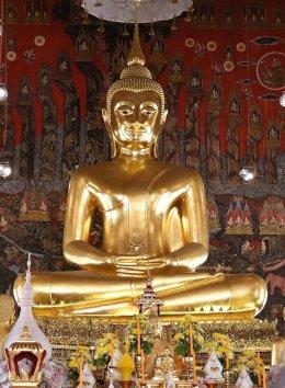 พระเทพรัตนมุนี รักษาการแทนเจ้าอาวาส วัดสระเกศ ราชวรมหาวิหาร เป็นประธานในพิธีอธิษฐานเข้าพรรษาของคณะพระภิกษุ-สามเณร ประจำปีพุทธศักราช ๒๕๖๑