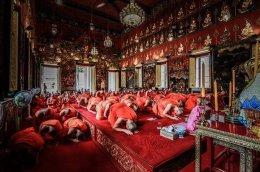 พิธีสามีจิกรรมและอธิษฐานเข้าพรรษา ประจำปี 2559