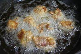 ไก่ทอดKaraage1 鶏のから揚げ